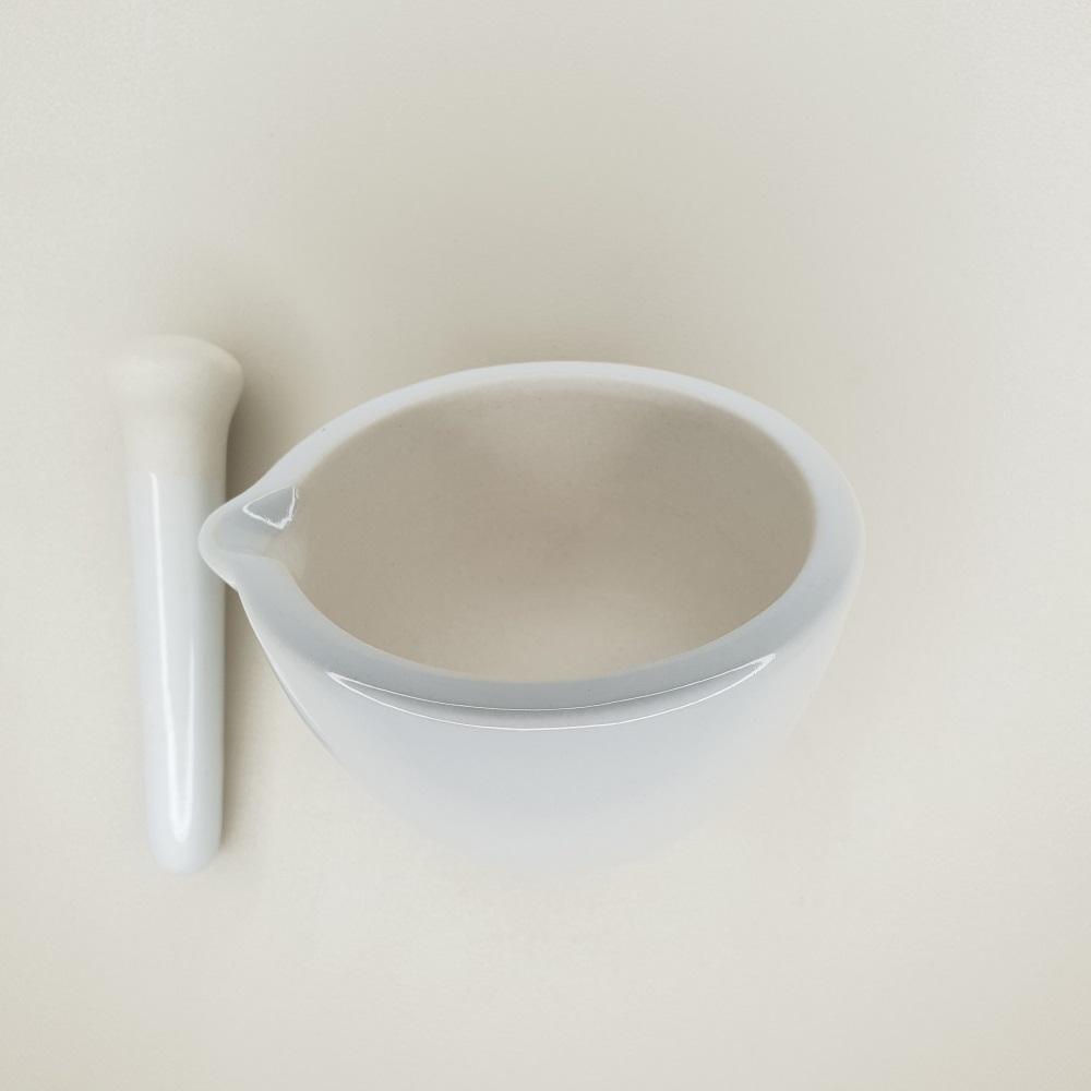 Mortier avec pilon en porcelaine de 150 ml