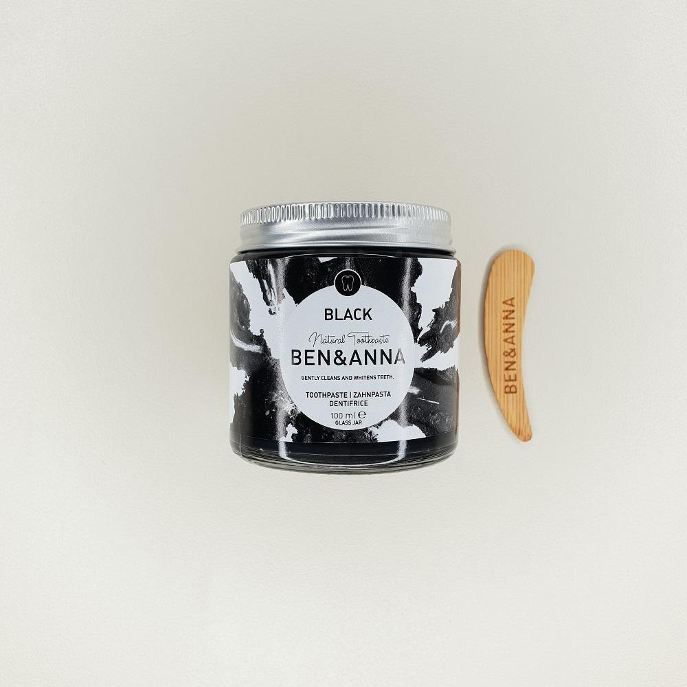 Dentifrice gel en pot au charbon Black ben&Anna